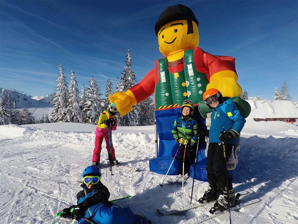 Dovolená s instruktorem - Lego panák.