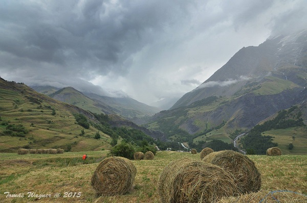 Trek v Dauphinskych Alpách. Sestup.