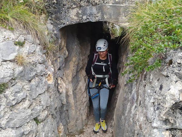 Klientka v tunelu.